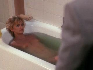 Goldie Hawn naked in the bathroom