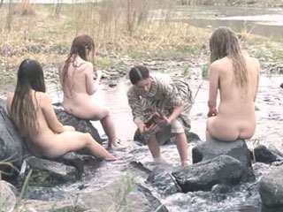 Hilary Swank, Miranda Otto, Sonja Richter nudity